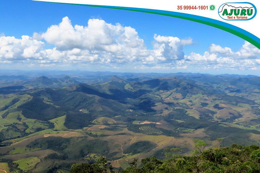 Pico do Papagaio - Aiuruoca-MG - Vista a partir do topo da montanha a 2100m de altitude